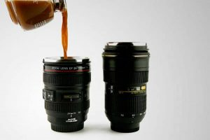 Taza en forma de objetivo de fotos