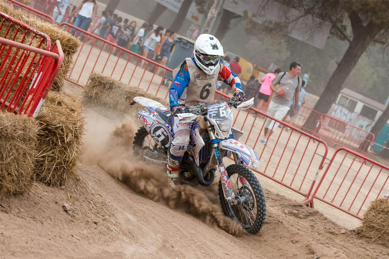 Competición Enduro piloto Sergio Ruiz