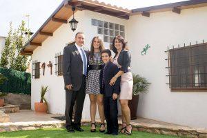 Fotografía en familia el día de la comunión